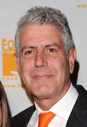 CNN hiring chef Anthony Bourdain for weekend show