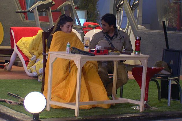 Bigg Boss 6: Are they back together?