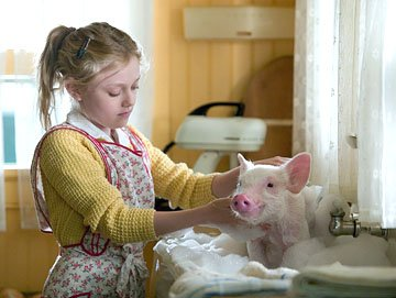 Dakota Fanning as Fern in Paramount Pictures' Charlotte's Web