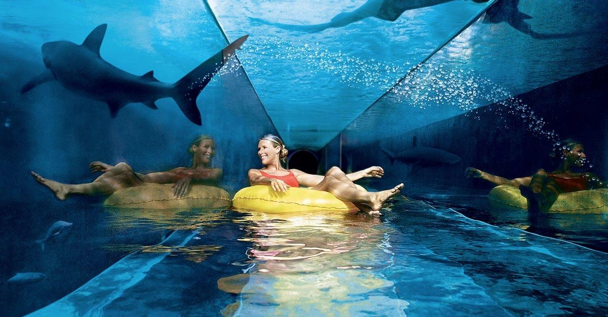 7 Out of This World Swimming Pools on Earth