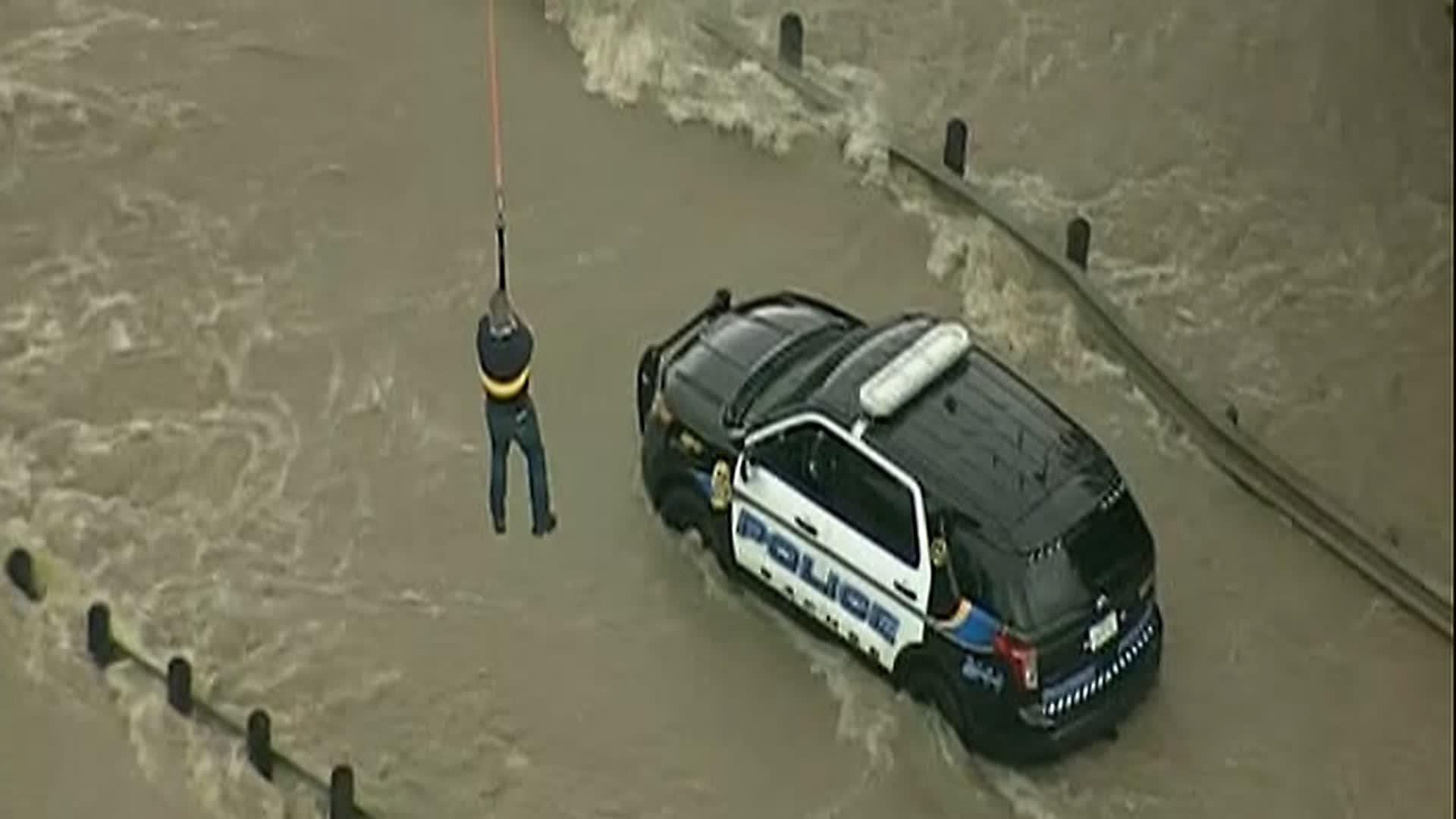Raw: Chopper Rescues Texas Officer From Flood
