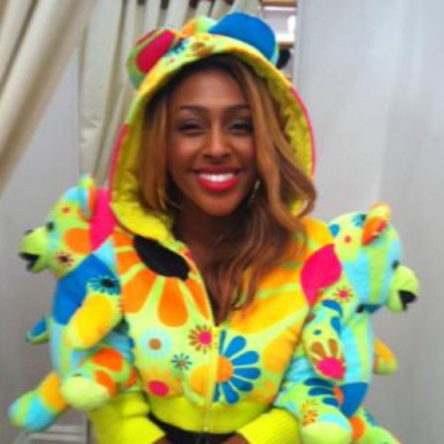Celebrity photos: Alexandra Burke is known for being super stylish – so we were pretty surprised to see that the singer had tried out a new, rather bright look. The singer tweeted this snap of herself