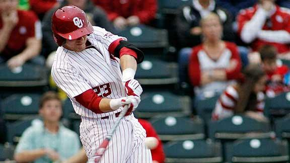 OU''s Carpenter back in West, Texas, after tragedy