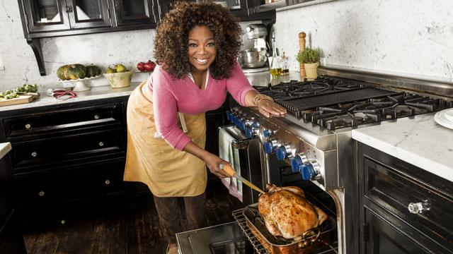Oprah Shares Thanksgiving Hosting Tips, Including a Cocktail Trick From John Travolta