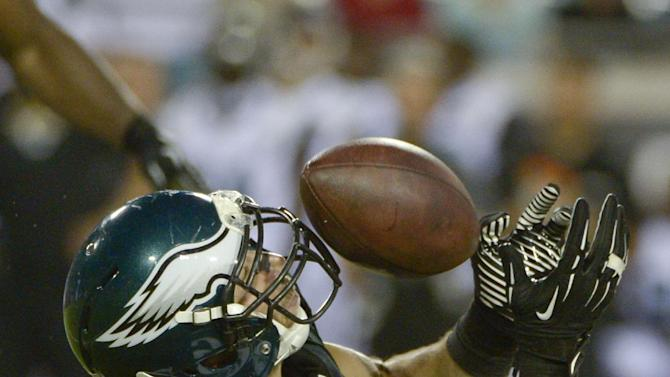 Eagles rally to beat Jaguars 31-24