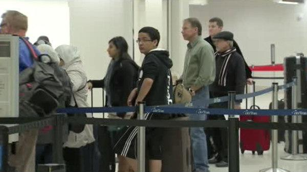 Storm causes holiday travel troubles