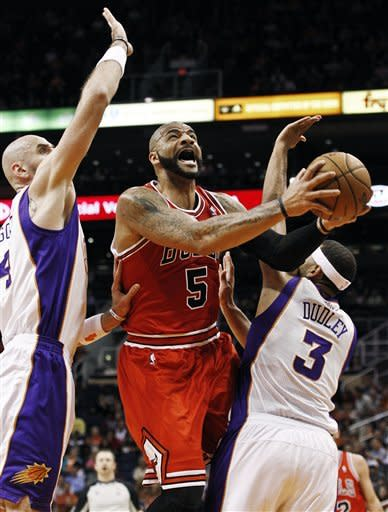 Boozer helps Bulls outlast Suns 112-106 in OT