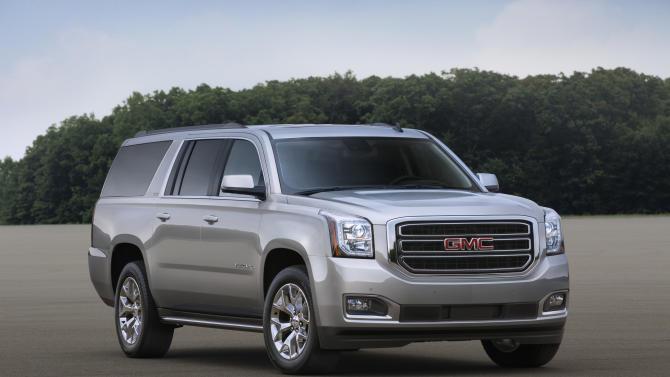 Big SUVs rumble along as GM shows new models