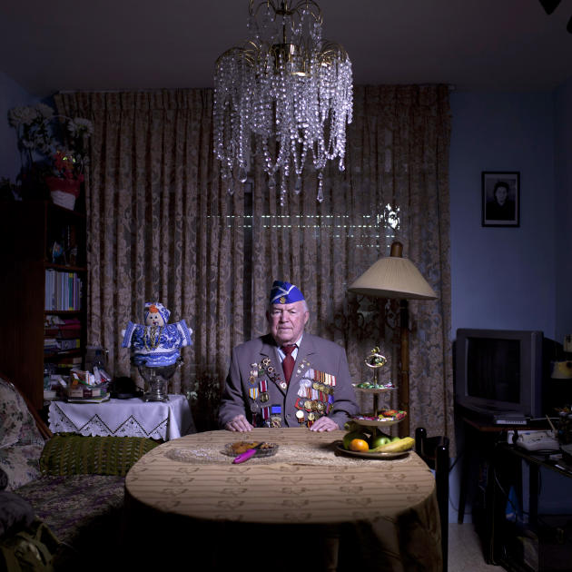 In this photo made Wednesday, April 17, 2013, Soviet Jewish World War Two veteran Michael Sandler, 93, poses for a portrait at his house in Jerusalem, Israel. Sandler joined the Red Army, in 1939, ser