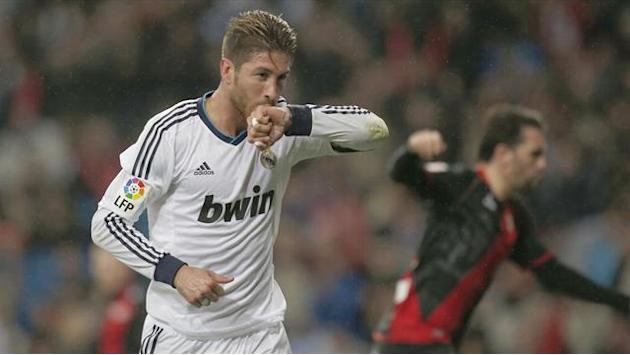Liga - Ramos scores and sees red in Real win