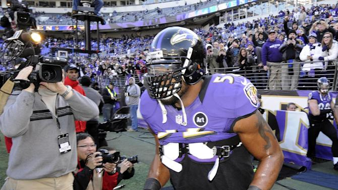 Baltimore Ravens inside linebacker Ray Lewis (52) comes on the field for warm ups before an NFL wild card playoff football game against the Indianapolis Colts Sunday, Jan. 6, 2013, in Baltimore. (AP Photo/Nick Wass)