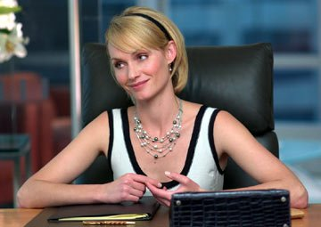 Amber Valletta in Columbia Pictures' Hitch