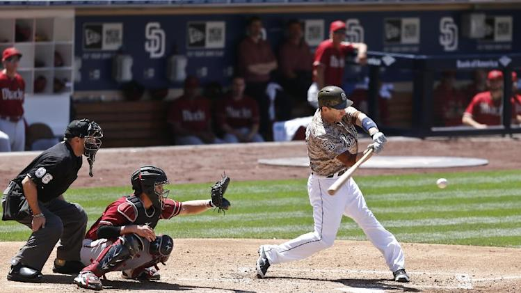 Alonso, Padres beat Diamondbacks, end 4-game skid
