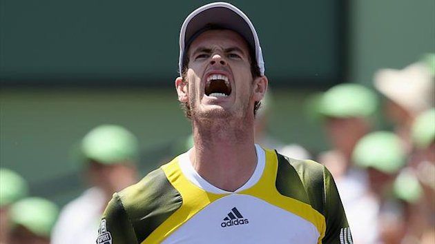 Andy Murray of Great Britain shows his frustrations on the way to winning the second set against David Ferrer of Spain during their final match at the Sony Open at Crandon Park Tennis Center on March 31, 2013 (AFP)