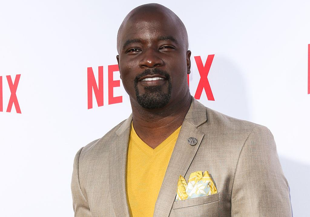 """Stop EVERYTHING: Here's an extended version of the first scene from Marvel's """"Luke Cage!"""""""