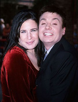 Mike Myers and his no-doubt patient and understanding wife Robin at the Los Angeles premiere for Austin Powers: The Spy Who Shagged Me Photo by Jeff Vespa/Wireimage.com