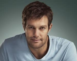 Pilot Scoop: Fox's Enlisted Drafts The Finder's Geoff Stults for Starring Role