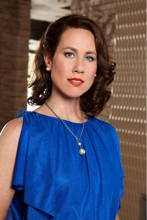 Miriam Shor stars as Janet Thompson in Swingtown.