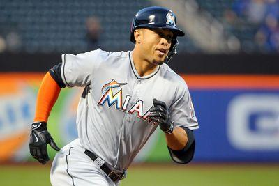 Giancarlo Stanton becomes Marlins' all-time HR leader