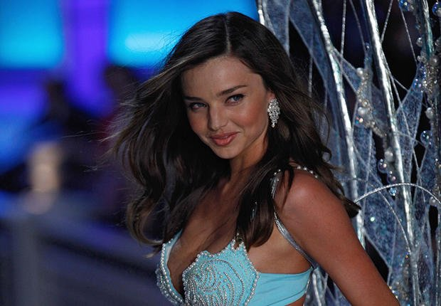 Miranda Kerr : Le top quitte Victoria's Secret