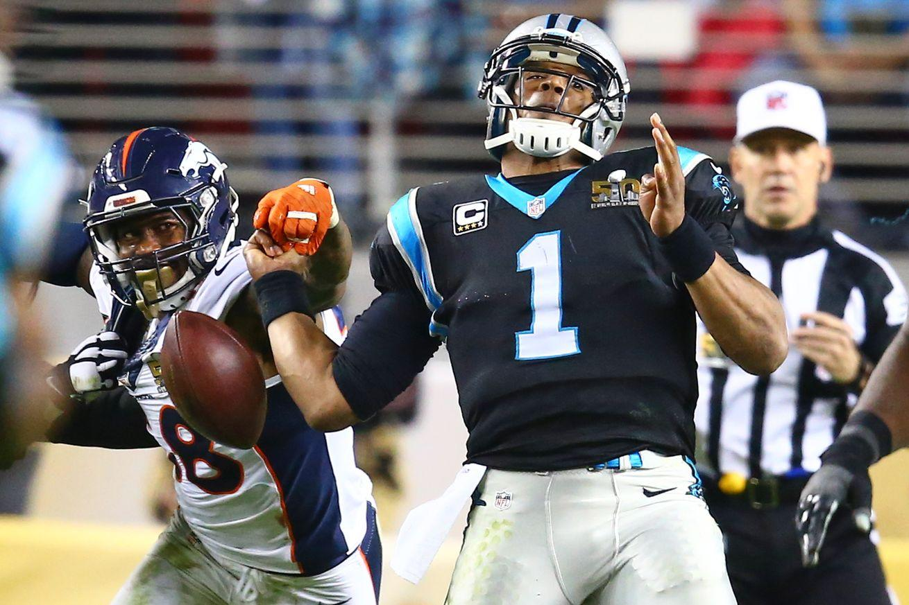 Panthers defend Cam Newton for not diving on loose fumble