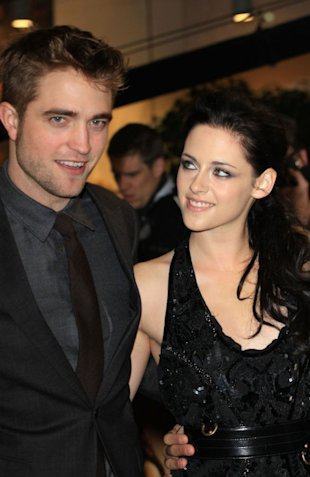 Robert Pattinson 'So In Love With Kristen Stewart He Licked Her Armpits To Taste Her' 