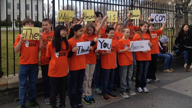 Iowa Students Make It to White House Gates, But Not Inside