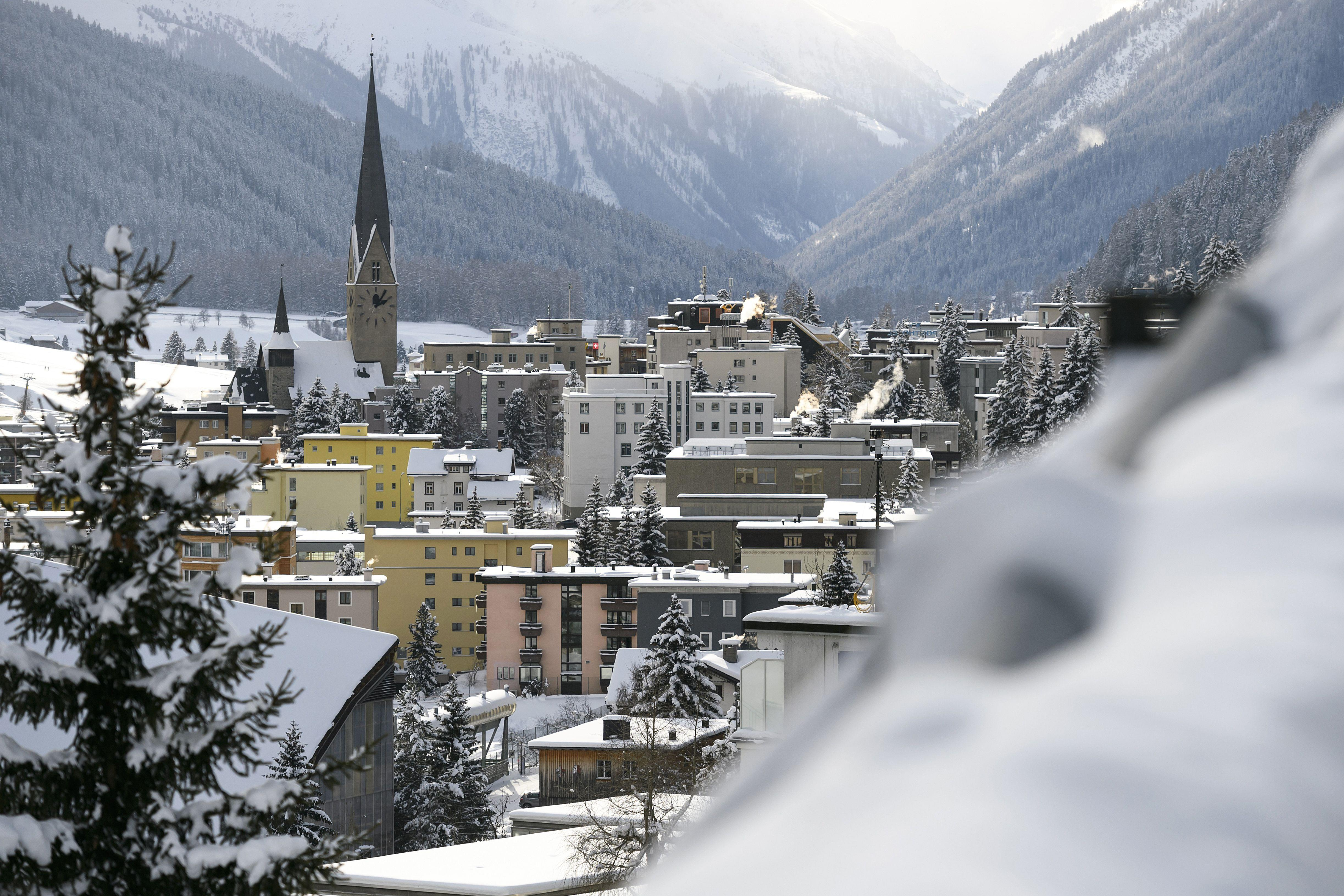 3 Big Trends Global Leaders Will Be Talking About in Davos This Year