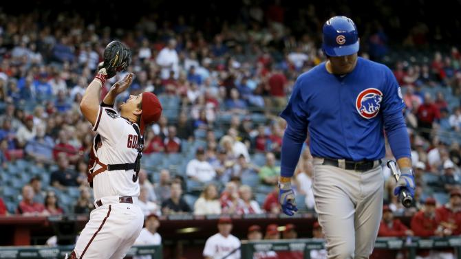 Rizzo drives in 6, Cubs rally late to beat D-Backs 9-6