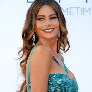 Sofia Vergara Suffers Wardrobe Malfunction!