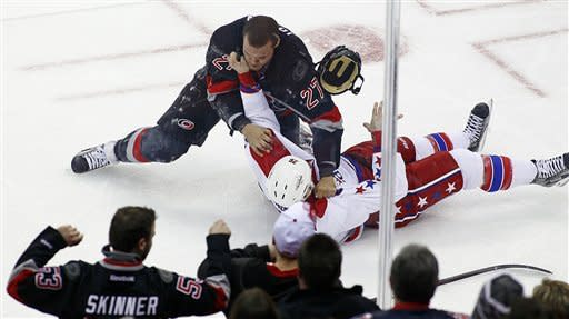 Staal, Peters lead 'Canes past Capitals 5-0
