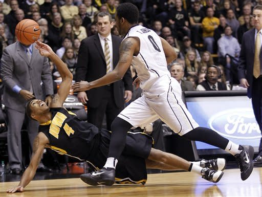 Hummel leads Purdue past Iowa 75-68