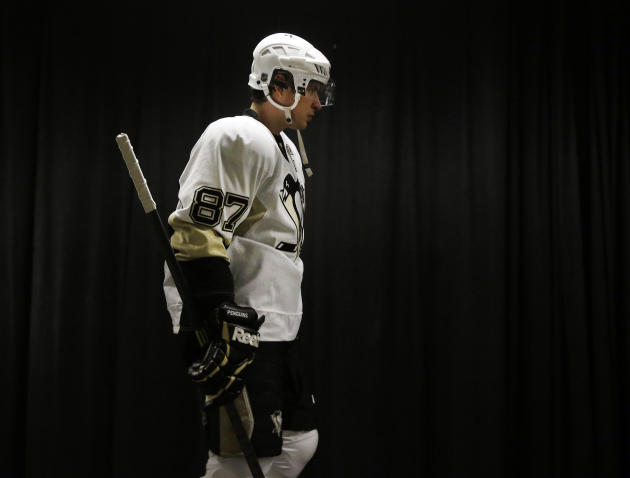 Pittsburgh Penguins center Sidney Crosby (87) comes out for warmups before an NHL hockey game against the San Jose Sharks on Thursday, March 6, 2014, in San Jose, Calif