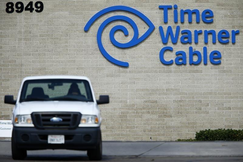 Exclusive - Altice seeks financing for Time Warner Cable bid: sources