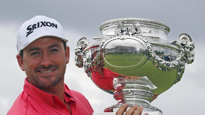 McDowell rallies from 8 back to win French Open