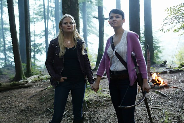 "Jennifer Morrison and Ginnifer Goodwin in the ""Once Upon a Time"" episode ""Into the Deep."""