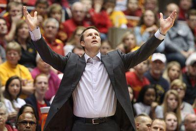 College basketball schedule and results: Texas-Iowa State headlines Monday's slate