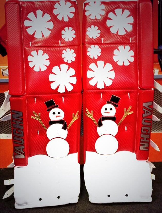 Red Wings Goalie Petr Mrazek Has Adorable Snowman Pads For Outdoor Game (yipes.)