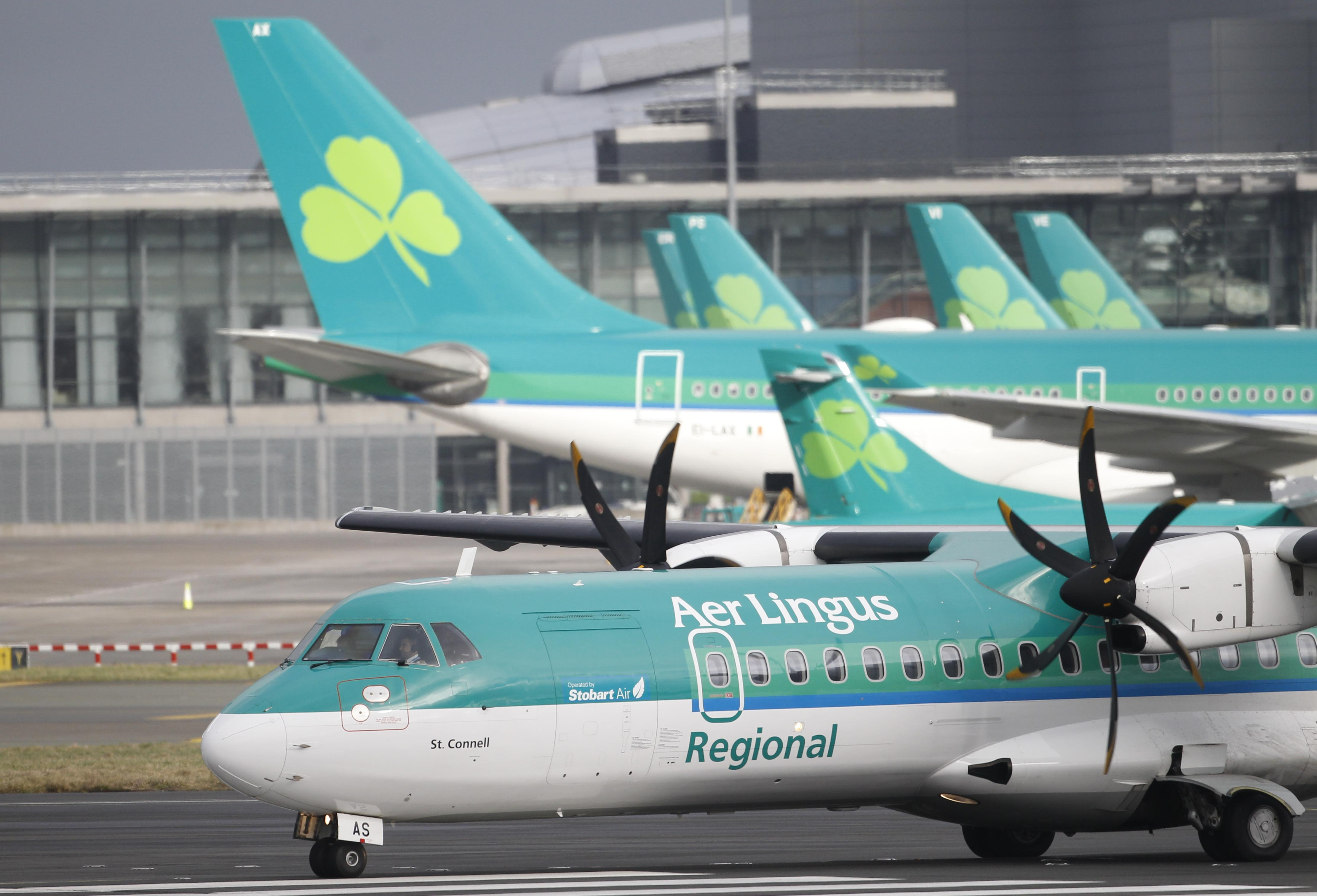 Irish government agrees to sell its Aer Lingus stake to IAG