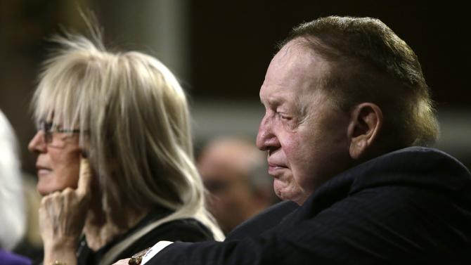 Sheldon and Miriam Adelson listen to Nobel Peace Laureate Wiesel at a roundtable discussion on Capitol Hill in Washington
