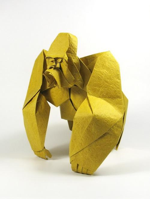 Origami art - Gorilla. My entry for OUSA chalenge 2009 - an angry Gorilla. It took me about a week to design the head and a month for the whole model.