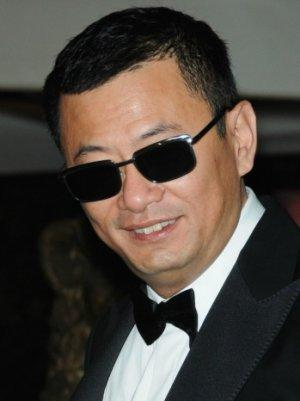 Hong Kong Filmmaker Wong Kar-wai Awarded Top French Cultural Honor
