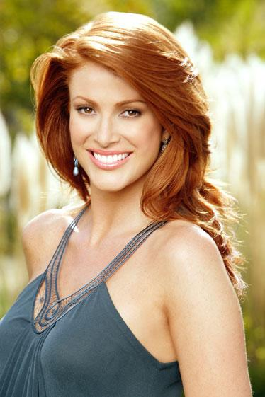 1995: Angie Everhart