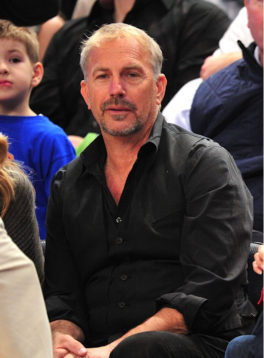Celebrities Attend The Dallas Mavericks Vs New York Knicks Game - February 19, 2012
