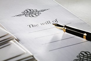 It's important to make changes to your will and other documents before divorce proceedings.