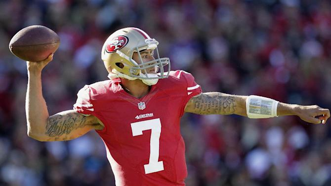 San Francisco 49ers quarterback Colin Kaepernick (7) passes against the Arizona Cardinals during the first quarter of an NFL football game in San Francisco, Sunday, Dec. 30, 2012. (AP Photo/Tony Avelar)
