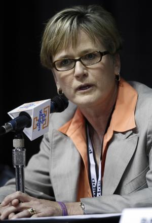 New Tennessee women's college basketball coach Holly Warlick speaks during a news conference Thursday, April 19, 2012, in Knoxville, Tenn. Tennessee's Hall of Fame coach Pat Summitt stepped down after coaching the Lady Vols for nearly four decades. (AP Photo/Wade Payne)