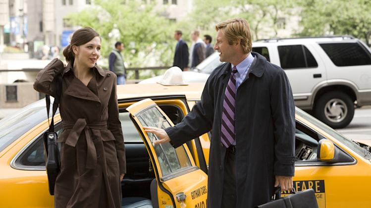 Maggie Gyllenhaal Aaron Eckhart Batman The Dark Knight Production Warner Brothers 2008