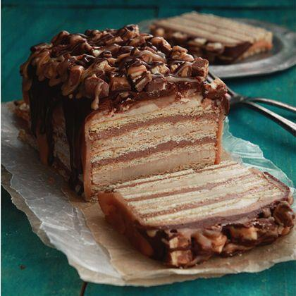 Snickers No-Bake Cake