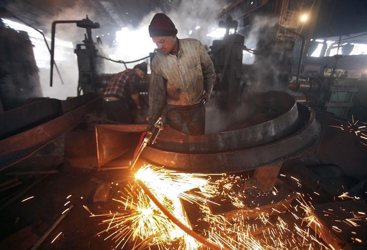 India sets floor price for steel imports to stem flow from China